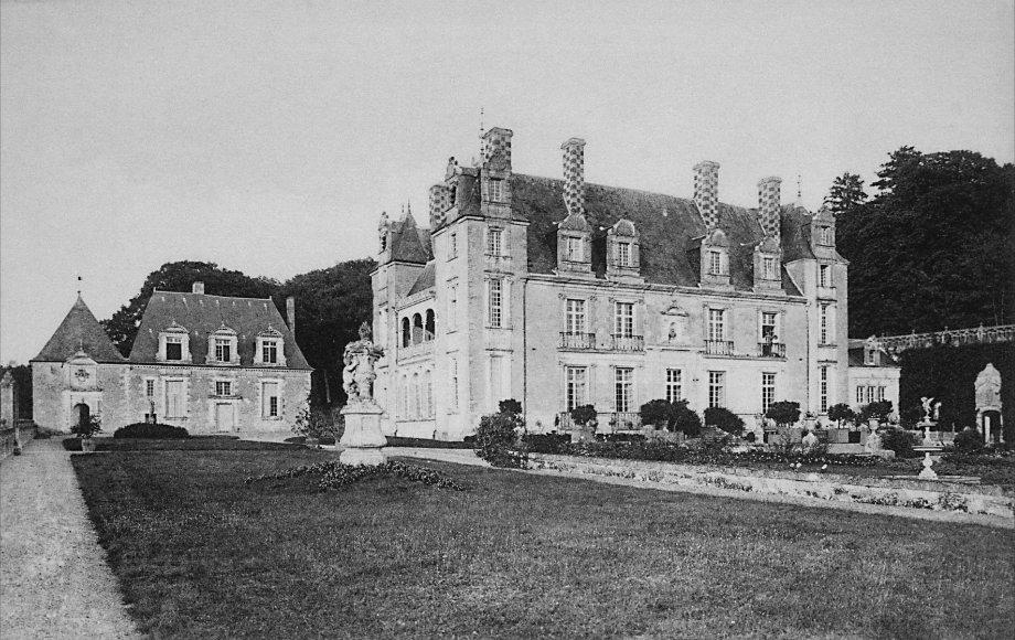 Vue historique du Château et du Petit Valmer
