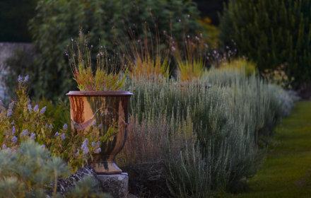Vase d'Anduze © Léonard de Serres